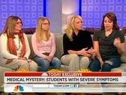 В США необъяснимое заболевание поразило 12 школьниц