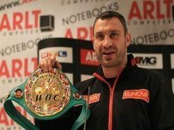 Виталий Кличко признан лучшим боксером 2011 года