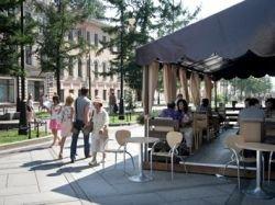 Московские летние кафе выйдут из тени