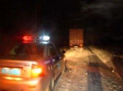 Кузбасские автоинспекторы спасли замерзающего водителя