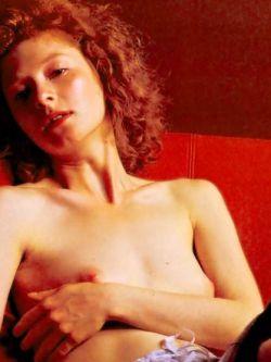 Откровенные моменты кино с Амалией Мордвиновой (фото)