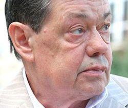 Караченцова снова кладут в больницу