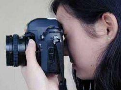 Новые фотоаппараты вызывают улыбку