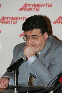 Депутаты Митрофанов и Баков поспорили на две «Волги», кто победит на выборах в Госдуму