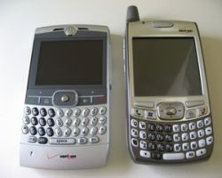 Motorola и Palm - главные пострадавшие от снижения цены на iPhone