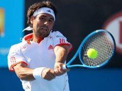 Теннисист сломал четыре ракетки за 25 секунд