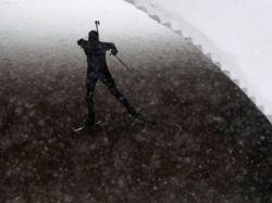 У российских биатлонисток украли лыжи