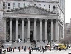 """В США 12 """"судей"""" попытались захватить здание Верховного суда"""