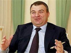 Сердюков не собирается спасать российских подводников