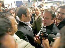 Шарифа вновь высылают из Пакистана