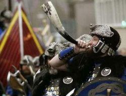 Во дворе паба в Англии нашли ладью викингов X века