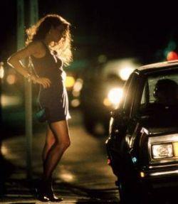 Британские мужчины, которые пользуются услугами проституток, в будущем, возможно, будут привлекаться к ответственности