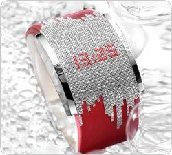 Часы Diamond Fiction от TAG Heuer : Время, спрятанное в бриллиантах