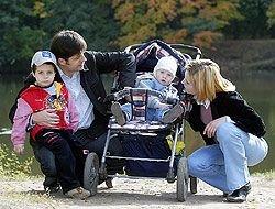 В России рождается все больше детей, но их материальное положение хорошим не назовешь