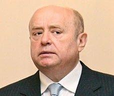 Фрадков призвал идти навстречу честным налогоплательщикам