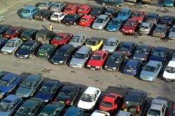 Исследование: на каждого американца приходится 3 автостоянки, что сильно вредит экологии