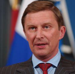 Иванов: Аэропорты не должны закрепляться за авиакомпаниями