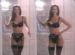 Откровенные сцены с актрисой Кортни Кокс (фото)