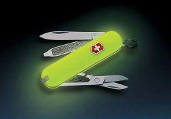 Швейцарский нож теперь светится в темноте