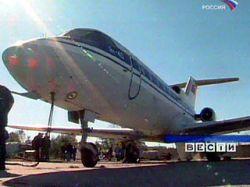 В Корякии Як-40 совершил вынужденную посадку, пострадавших нет