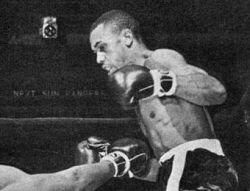 Знаменитого боксера Мохаммеда Али номинировали на Нобелевскую премию