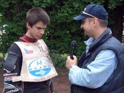 Чешский гонщик после аварии идеально заговорил по-английски