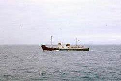 Российский корабль не выпускают из Франции