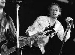 Sex Pistols дадут концерт в честь 30-летия единственного альбома