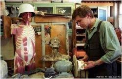Фабрика манекенов для медицинских училищ (фото)