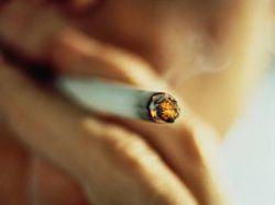 Запрет на курение привел к исходу обреченных больных из британского хосписа