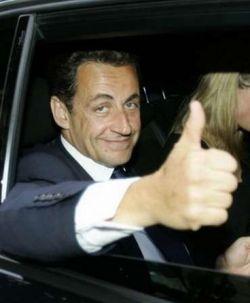 Президент Франции подозревается в мошенничестве