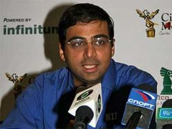 Ананд стал единоличным лидером чемпионата мира по шахматам