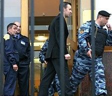 МВД проводит обыски в трех крупных московских банках