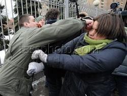 Зачинщики драки у Мосгорсуда связаны с руководством РПЦ