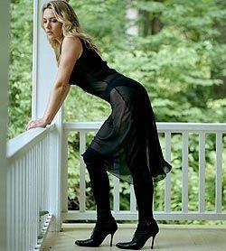 Кейт Уинслет выставила на аукцион собственную задницу