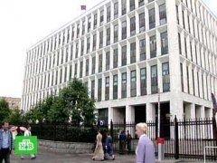 За обысками в московских банках последовали задержания