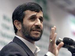 Ахмади Нежад научил американского репортера демократии