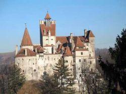 Румынские политики борются за замок Дракулы