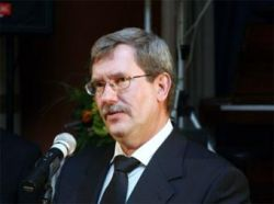 Подозреваемый в лжесвидетельстве глава литовского Сейма подал в отставку