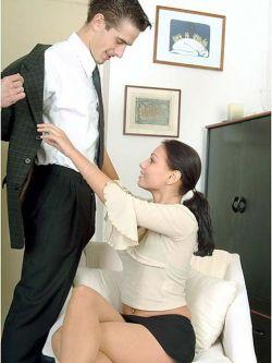 При виде сексуальных картинок мужчины теряют способность принимать решения