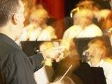 В Европе оркестрам велели играть потише