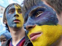 Сторонники Януковича заняли Майдан Незалежности
