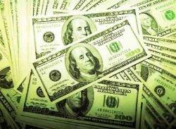 """У мошенников отняли главное \""""сырье\"""" для подделки 100-долларовых банкнот"""