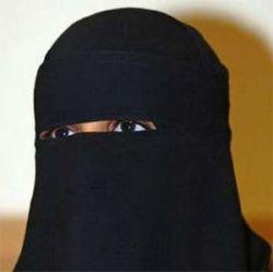 Английский дантист отказался лечить одетую не по шариату женщину