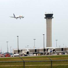 Мобильники уберегли самолеты от столкновения