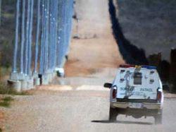 У американского пограничника украли машину закованные в наручники дети
