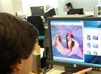Количество детского порно в сети растет на треть в год