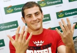 Касильяс: Эти руки стоят 7,5 миллионов евро