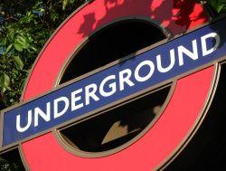 Лондонское метро вновь парализовано