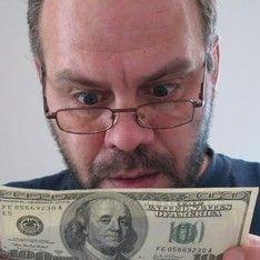 Падение доллара может спровоцировать панику у населения